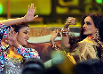 Priyanka Chopra and Rekha at IIFA Awards 2012 Photo