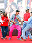 Akshay Kumar dancing with his fans at film ROWDY RATHORE promotions Photo