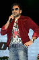 Emraan Hashmi promoting film JANNAT 2 at Pakistani band Junoon concert in Mumbai Photo