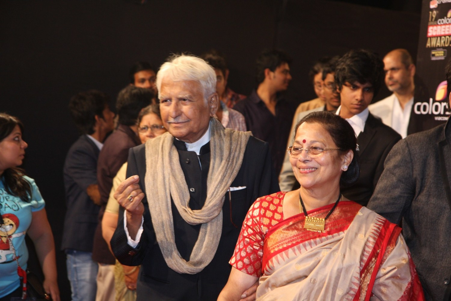 Veteran Actor Ramesh Deo with wife Seema Deo at the 19th Annual ...