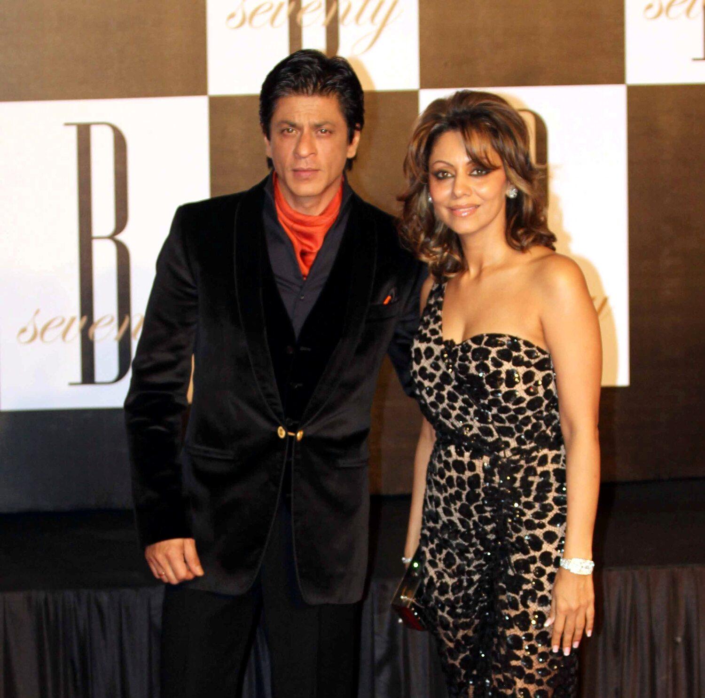 Shah Rukh Khan with wife Gauri Khan at 70h birthday party