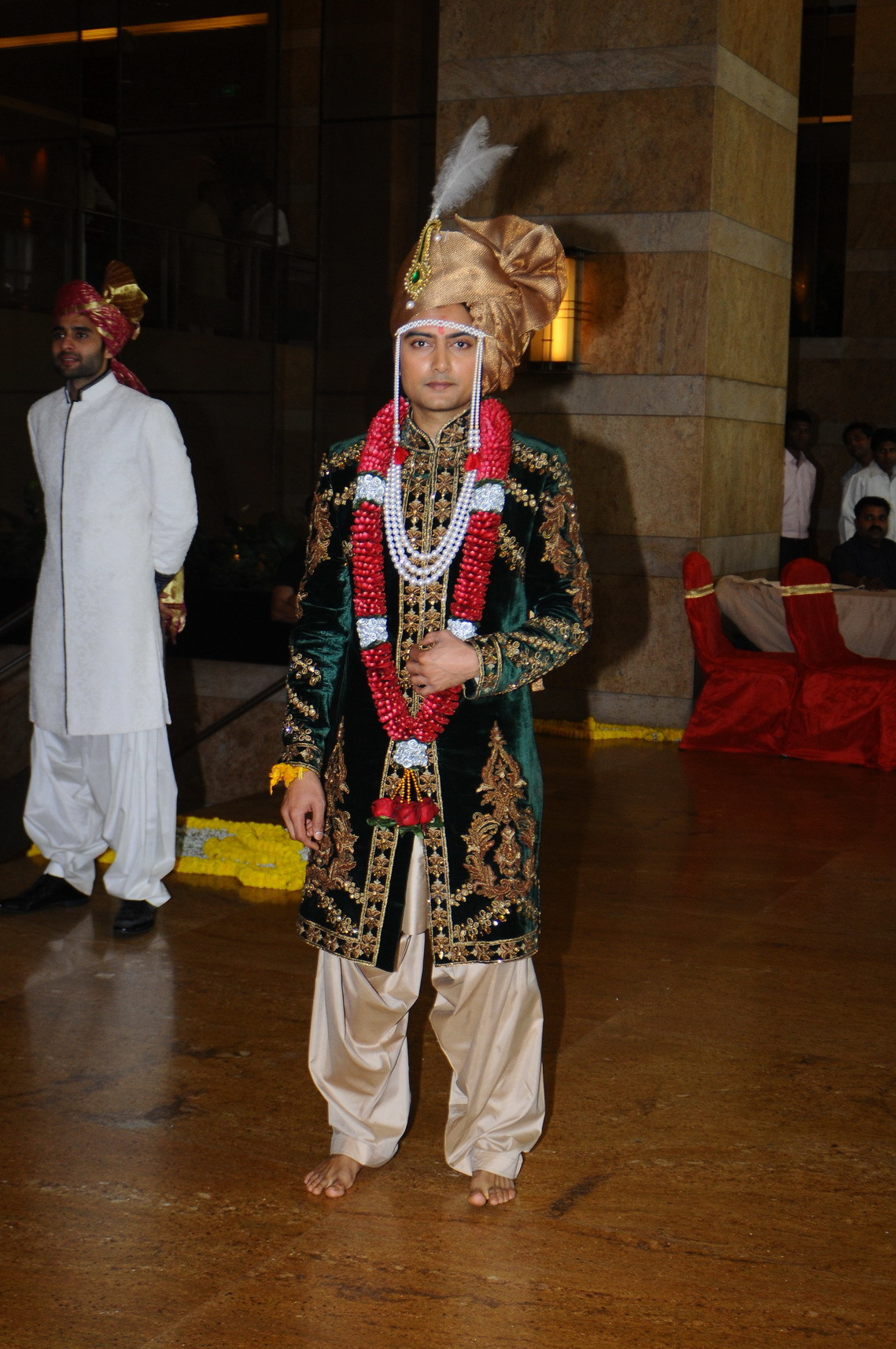 brother of ritesh deshmukh dheeraj deshmukh at his wedding