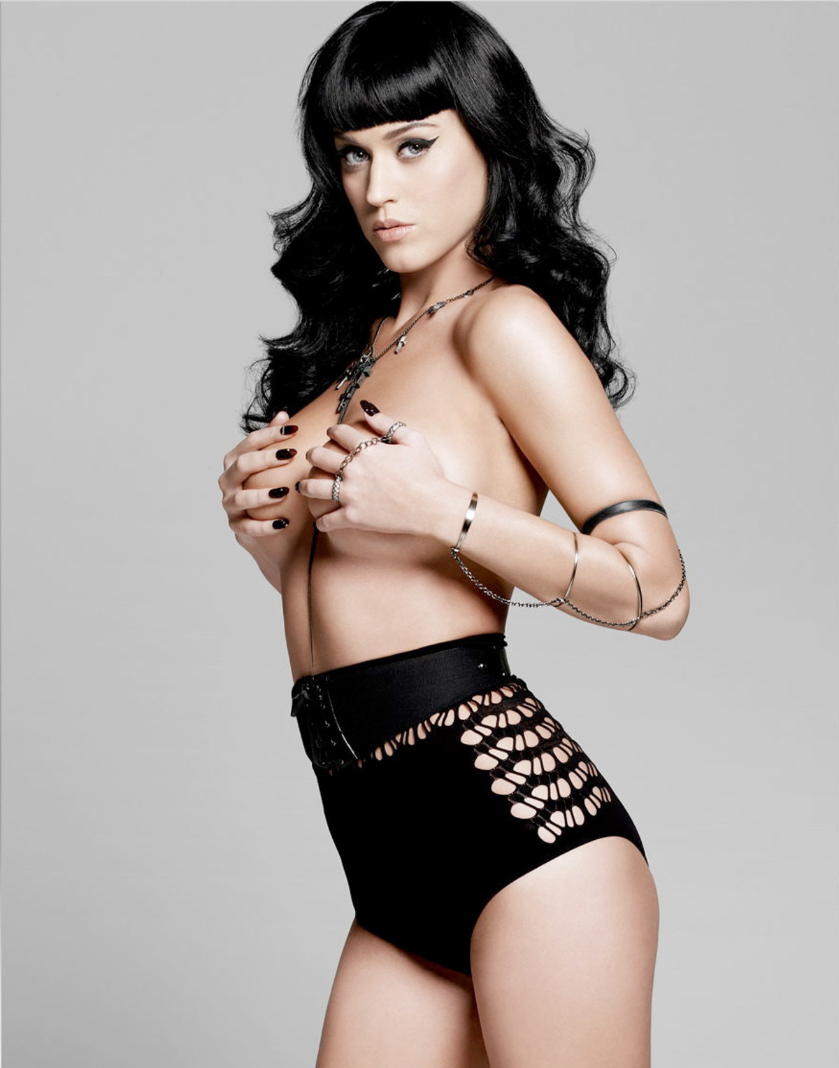 y35i725svcjjbu2g.D.0.32289_katy_perry_esquire_uk_august_outtake_122_84lo.jpg
