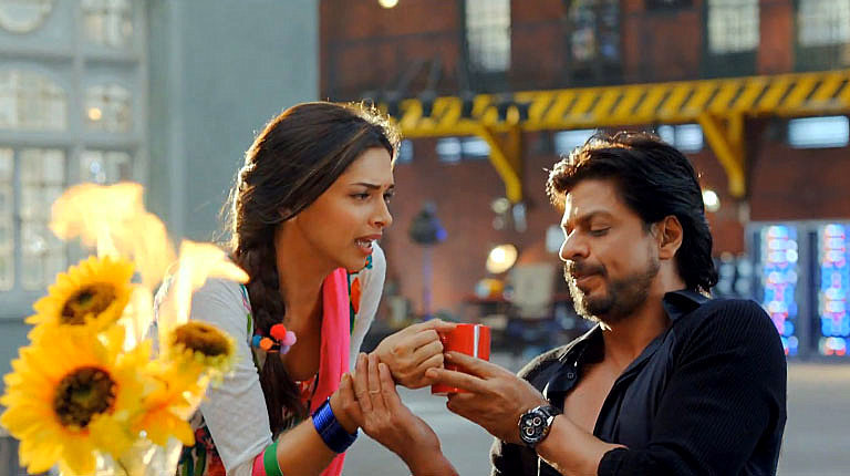 Deepika Padukone Shah Rukh Khan Happy New Year Movie Song ...