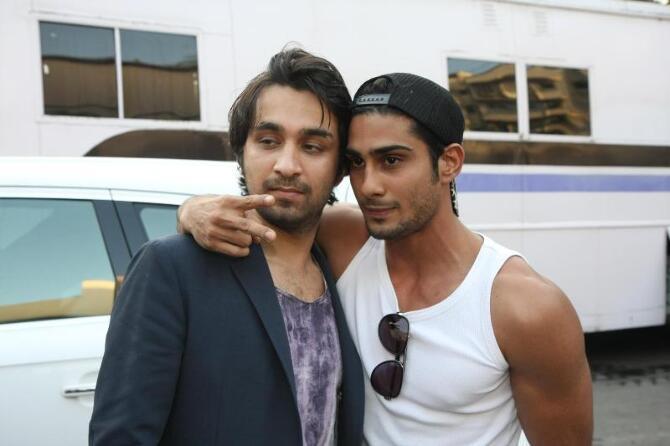 Prateik Babbar with childhood friend Siddhant Kapoor at Mehboob Studios in Mumbai  2