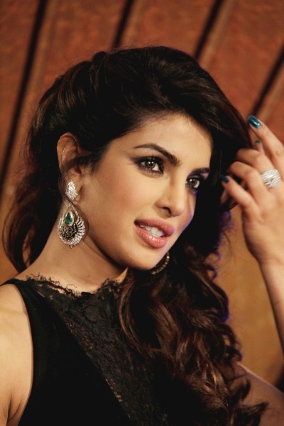 Priyanka Chopra at ZEE CINE AWARDS 2013 at YRF Studios in Mumbai  1
