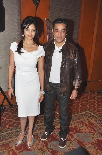 Kamal Haasan with Pooja Kumar at film VISHWAROOPPremiere tie up with VIDEOCON DTH announcing in Mumbai  1