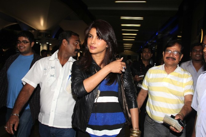 Priyanka Chopra returns to Mumbai for Birthday