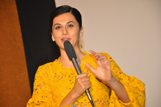 Taapsee Pannu The Ghazi Attack Movie Trailer Launch  16
