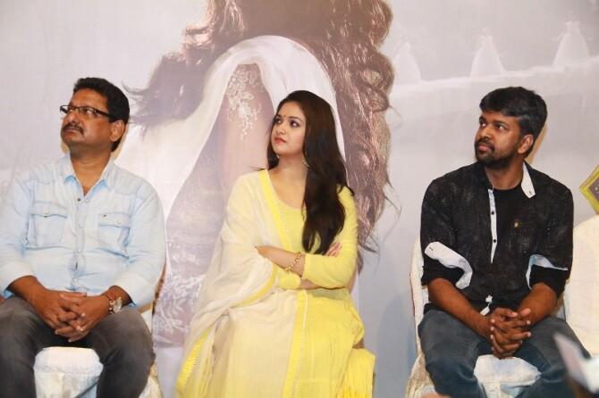 nadigaiyar thilagam movie photos-photo10