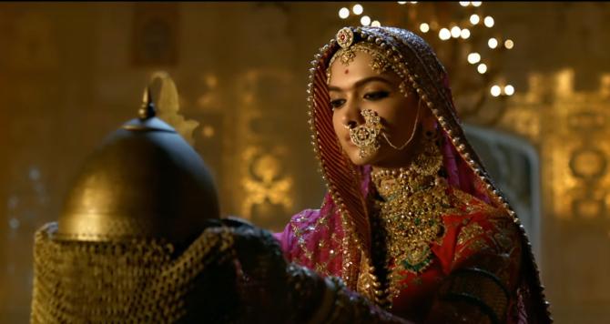 Deepika Padukone PADMAAVAT movie Stills  21