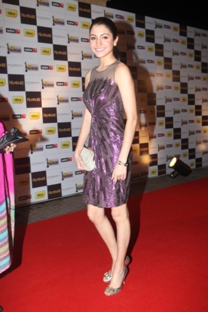 Anushka Sharma on RED CARPET of   The 56th Idea Filmfare Awards 2010