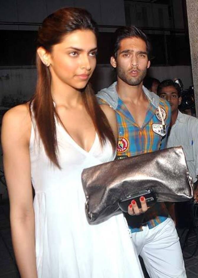 Deepika Padukone at Delhi Belly Bash
