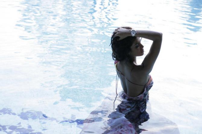Priyanka Chopra bathing photo