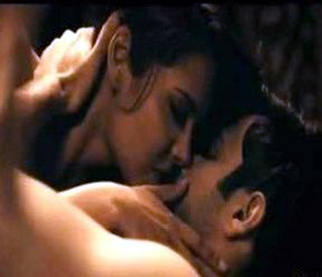 Esha Gupta Emraan Hashmi Jannat 2 Hot Scene Photo