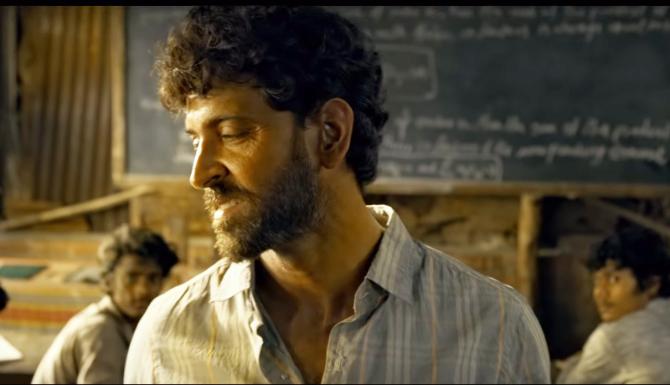 Hrithik Roshan starrer SUPER 30 Movie Stills  27
