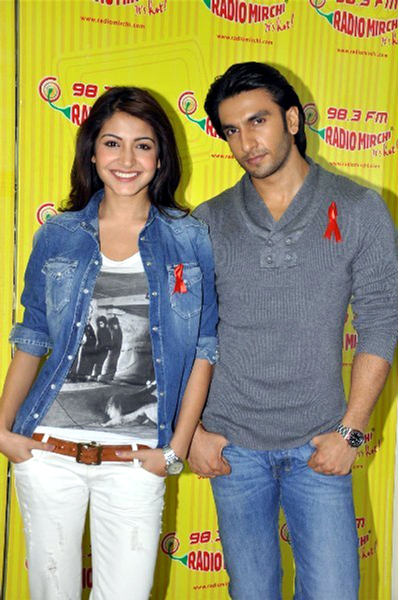 Anushka Sharma and Ranveer Singh at Radio Mirchi FM Studios promoting Ladies vs Ricky Bahl Photo