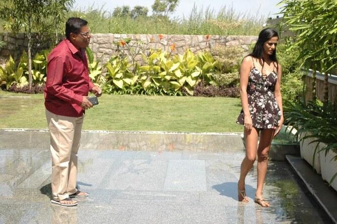Poonam Pandey Movie 1st Schedule Completed  38