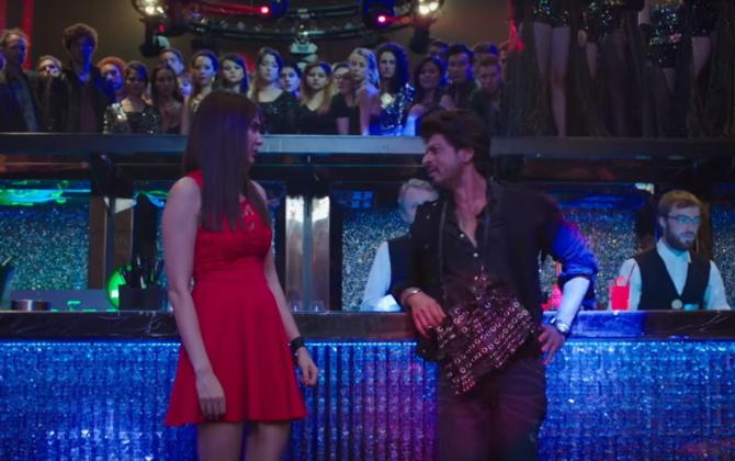 Anushka Sharma  Shah Rukh Khan Jab Harry Met Sejal Movie Pics  15