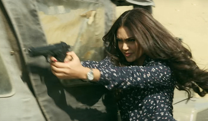 Esha Gupta Baadshaho Movie Stills  21
