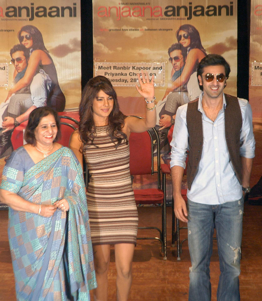 priyanka chopra and ranbir kapoor promoting anjaana anjaani