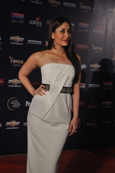 Kareena Kapoor At Apsara Film TV Producers Guild Awards 2012 At Yash Raj Studios In Mumbai Photo