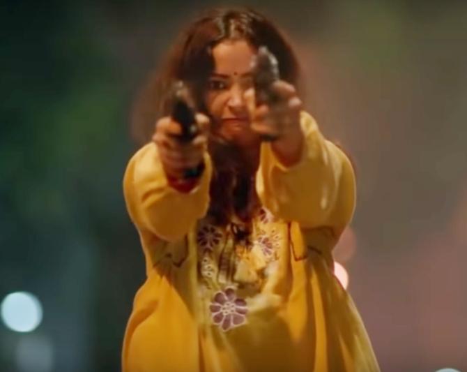 Radhika Madan Mard Ko Dard Nahi Hota Movie Photos 9