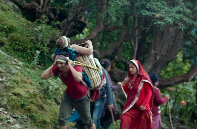 Sushant Singh Rajput Starer Kedarnath Movie Stills  6