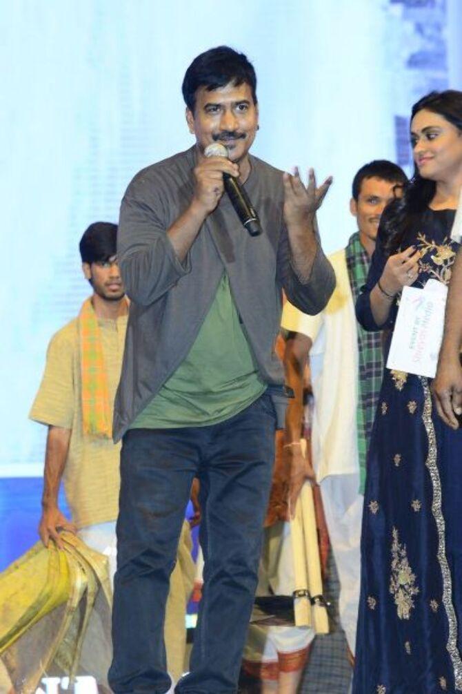 Mahesh Babu  Pooja Hedge  Allari Naresh starrer Maharshi Telugu Movie Event Pics  1