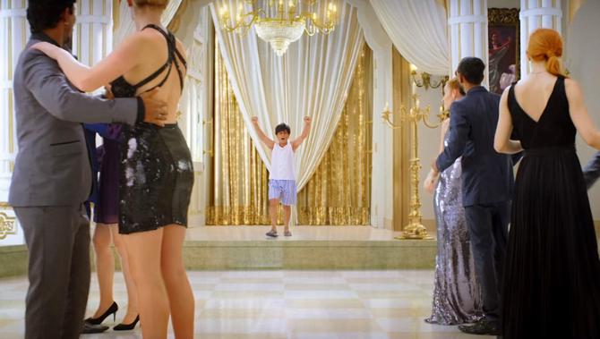 Shah Rukh Khan Starrer Zero Movie  First Look  1