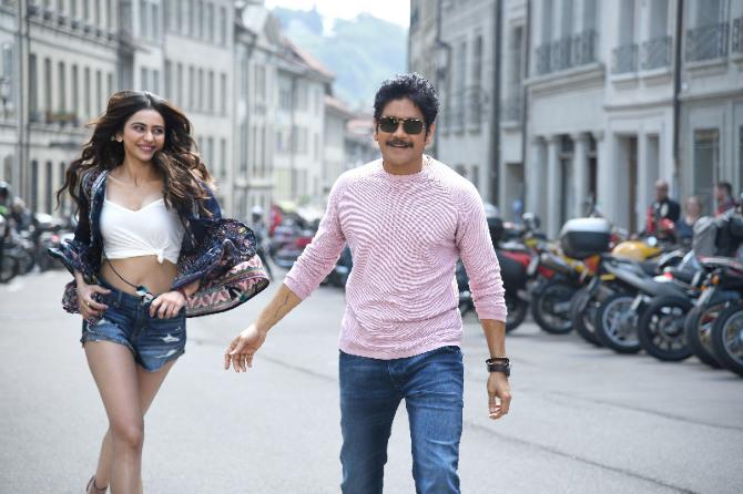 Nagarjuna and Rakul Preet Singh Starrer Manmadhudu 2 Telugu Movie Stills  34