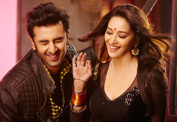 Ranbir Kapoor and Madhuri Dixit in Yeh Jawaani Hai Deewani Movie Song Image