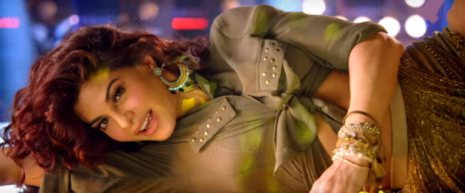 Jacqueline Fernandez and Sidharth Malhotra A Gentleman Movie Disco Disco Song Stills  7