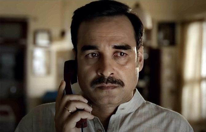 Pankaj Tripathi starrer Gunjan Saxena Hindi Movie Photos  23