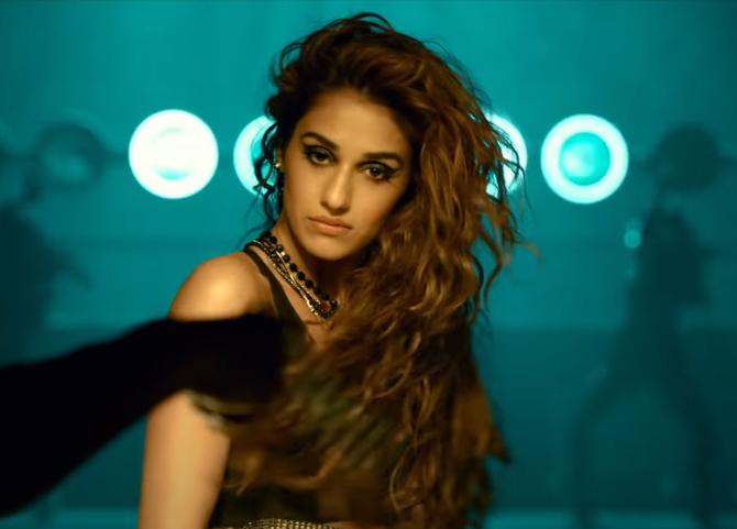 radhe hindi movie photos-photo8